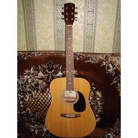 Акустическая гитара в комплекте