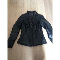 Аккуратная приталенная куртка