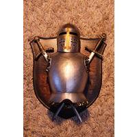 Панно с доспехами рыцаря 35Х41 см. Отличный подарок