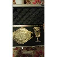 Набор для причастия: чаша и блюдо в кейсе. (под серебро). распродажа