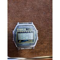 Наручные часы.Электроника 77.Лот36