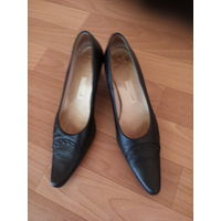 Женские туфли р40