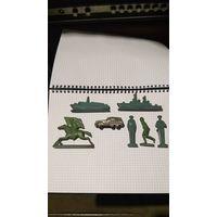 Металлические солдатики времен СССР