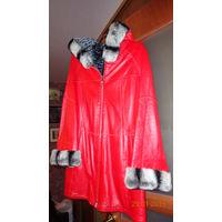 Роскошная алая куртка из кожи оленя с отделкой из меха шиншиллы. Р. 46