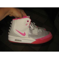Кроссовки женские Nike Air Yeezy 2 White Pink 38 размер