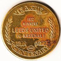 Монетовидный жетон юбилейный жетон к 100-ию кубка Англии. В финале кубка Лидс победил Арсенал.
