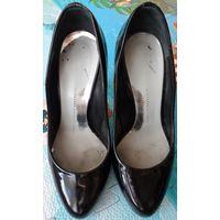 Женские лаковые туфли ''Giuseppe Zanotti'' р.36