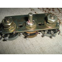 Панель с регулируемыми потенциометрами(резистора ми)