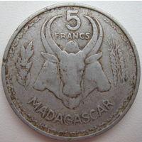 Мадагаскар Французский 5 франков 1953 г. (d)