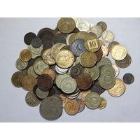 Лот монет СССР 1961-1991 около 170 шт с рубля без МЦ