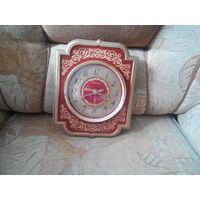 Часы на стенку