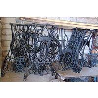 4 станины из под швейных машинок. Прекрасные подставки под мангал,стол и ...