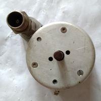Переключатель или делитель ВЧ. От древнего генератора частот.