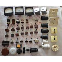 Амперметры,счетчики часов, переключатели, выключатели, кнопки, патроны и др.