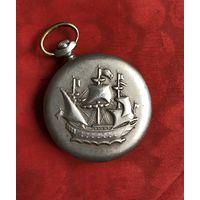 Часы карманные Молния Корабль на ходу