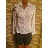 Фирменная рубашка Orsay белого цвета на 42-44 размер Хорошо тянется По груди 44 см, длина 63 см, длина рукава 63 см