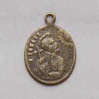 Католический церковный медальон со Святым Игнатием
