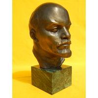 Ленин на мраморной подставке, высота 21 см.