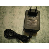 Блок питания (адаптор) 12В 1А.