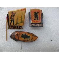 Значки деревянные. цена за 1 шт.