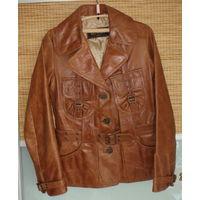 Стильная итальянская кожаная куртка-жакет VERA PELLE, XS-S