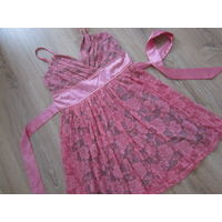 Платье нарядное, розовый гипюр, р.М