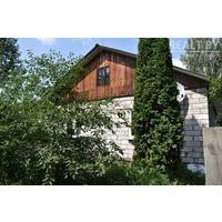 Дом кирпичный 92,1 м кв  и 9.5 соток земли ст Озерище Колодищанский с\с 47 туе