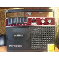 Магнитофон ПАРУС-302(1982г.в)рабочий+блок питания