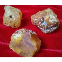 ЯНТАРЬ-- 4.. Камень Природный - 78.5 грамм. Балтика..// по 1уе.гр. //