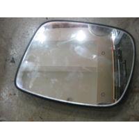 103901Щ Mersedes Vito W638 вкладыш зеркала правого