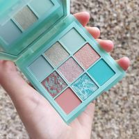 Huda Beauty Mint Obsessions