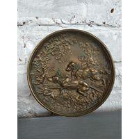 Бронзовая тарелка на стену охота борзые тяжелая