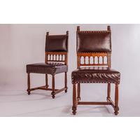 Два стула Неоготика