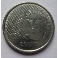 Бразилия. 10 центавос 1994г.