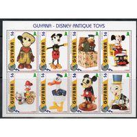 Игрушки Дисней Гвиана 1996 год чистая серия из 1 малого листа (8 марок)