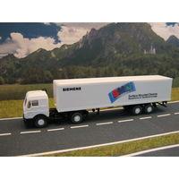 Модель грузового автомобиля Mercedes-Benz(6). Масштаб НО-1:87.