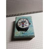 "Редкие часы ""Слава-Kosmopolis"" на ходу+коробочка в комплекте с 1 рубля без мц!!"
