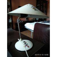 Настольная лампа из металла с круглым коническим абажуром 1971 год СССР.