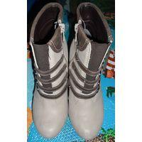 Женские ботинки ''Luca Cavialli'' р.36