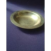 Латунная тарелка Винтаж с рубля