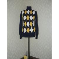 Фирменный пуловер по символической цене.Фирма Calliope .Cиний цвет