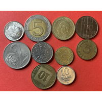10 монет из 10 стран - 9