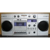 Магнитофон кассетный ИЖ-303. В ремонт.Некопанный