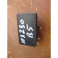 103280Щ VW Passat b5 заглушка цнтральной консоли 3B0858179a