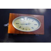 Часы Янтарь настольные