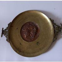 Поднос блюдо тяжелое бронза латунь Европа