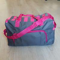Многофункциональная вместительная сумка