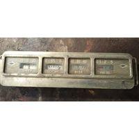 Панель приборов для старого автомобиля