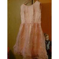 Платье  атласное  с капроновой юбкой ,нарядное, винтажное 42-44 р .Рет