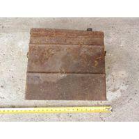 Коробка металлическая на зацепах узкая